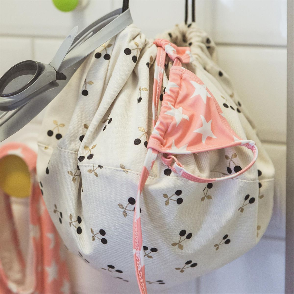 Sac de rangement en coton cerise blanc et or Play and Go