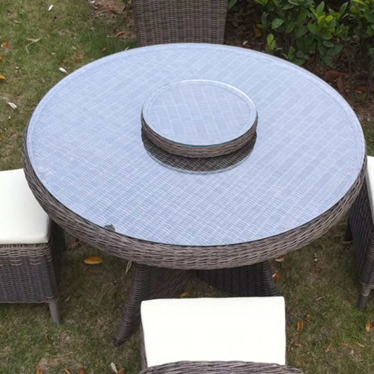 stunning table de jardin ronde avec plateau tournant. Black Bedroom Furniture Sets. Home Design Ideas