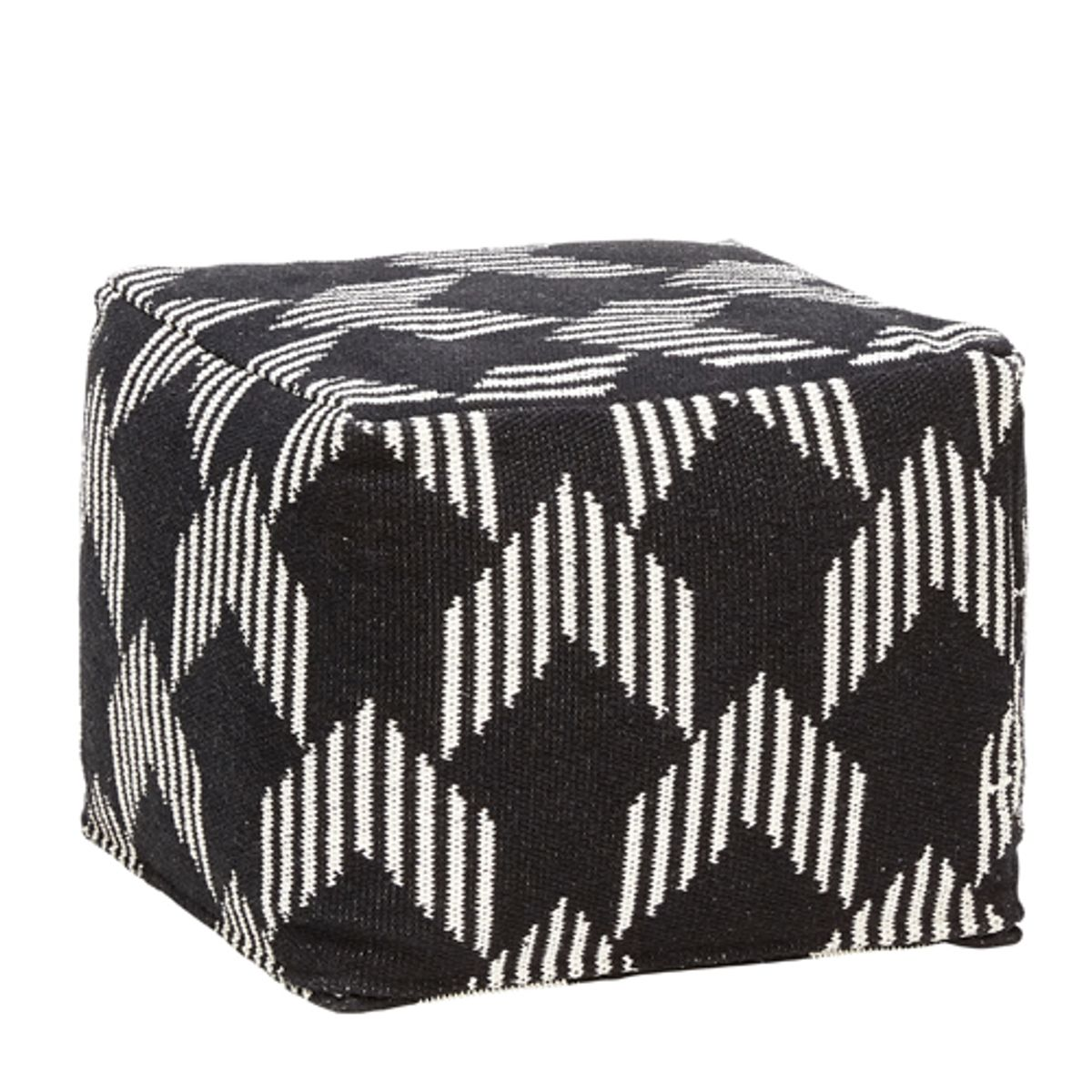 pouf carr en coton motifs graphiques blanc et noir h bsch decoclico. Black Bedroom Furniture Sets. Home Design Ideas