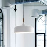 Suspension en chêne et aluminium Acorn Northern Lighting - blanc